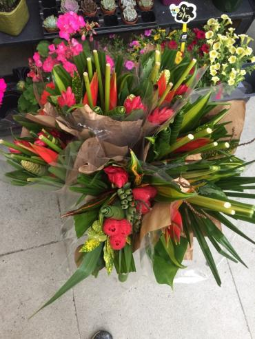 Special Offer: Unique Tropical Bouquets